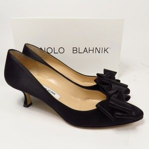 MANOLO BLAHNIK SZ 37.5 LISA BLACK PUMP 67383